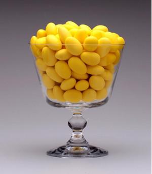 Amêndoas Confeitadas Amarela - Le Classic